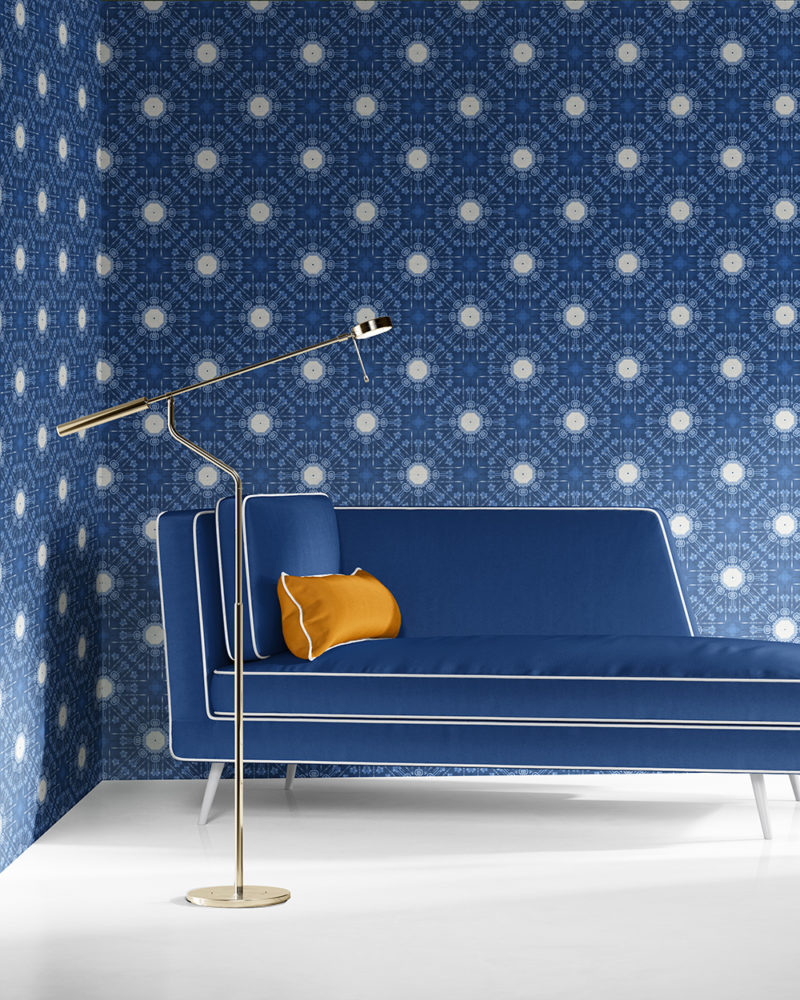 Beaufort in blue and white is a classic medallion design luxury wallpaper designed in Los Angeles. Design - Beaufort by Pearl and Maude. Grasscloth wallcovering comes untrimmed.